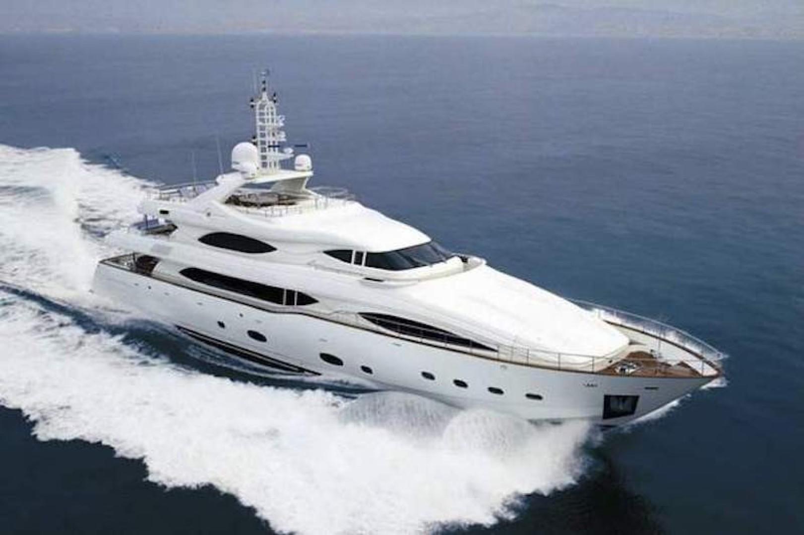 130' Ferretti Yachts 2006  Agatha