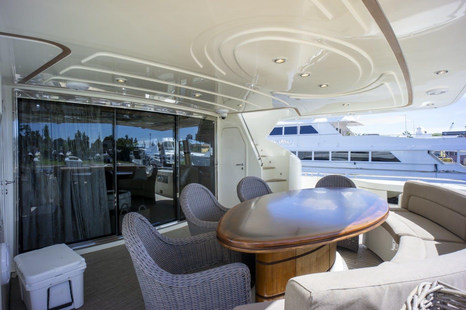 2000 Ferretti Yachts 94' Custom Line 94    Picture 8 of 68