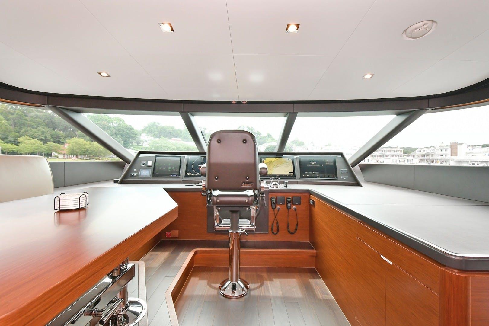 2018 Horizon 110' RP 110 Superyacht NEVERLAND | Picture 4 of 47