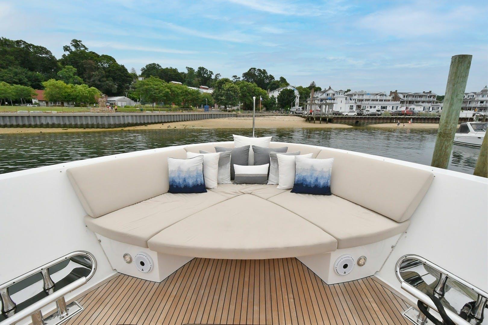 2018 Horizon 110' RP 110 Superyacht NEVERLAND | Picture 6 of 47