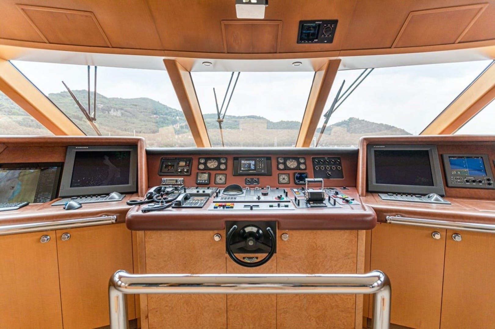 1997 Feadship 158' Tri Deck Motor Yacht GITANA   Picture 4 of 37