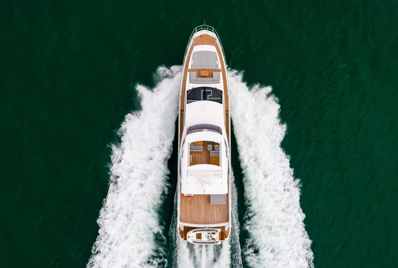2018 Azimut 80'     Picture 3 of 57