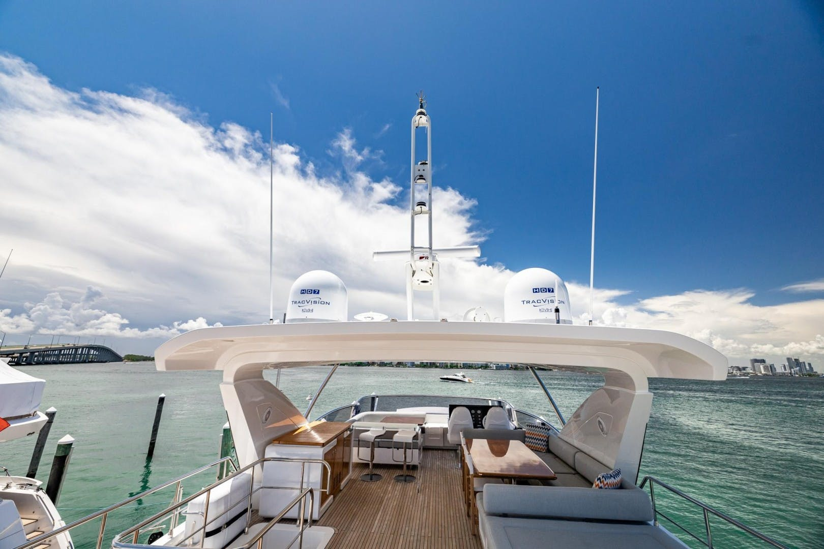 2018 Azimut 80'     Picture 8 of 57