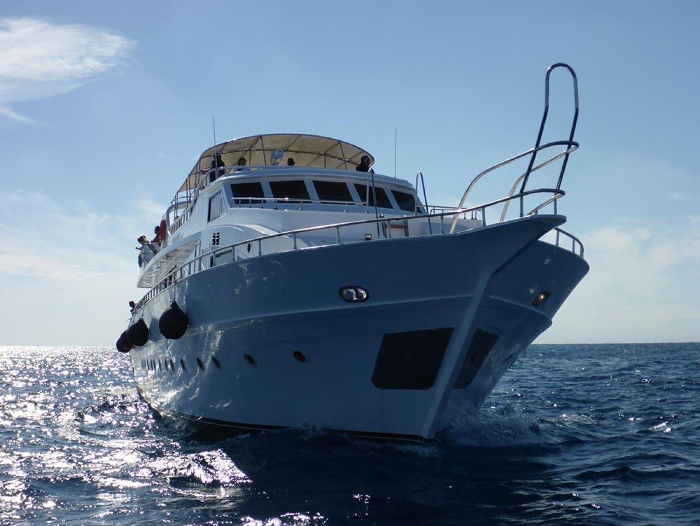 2000 Custom 102' Dive Boat Sim Sim | Picture 1 of 67