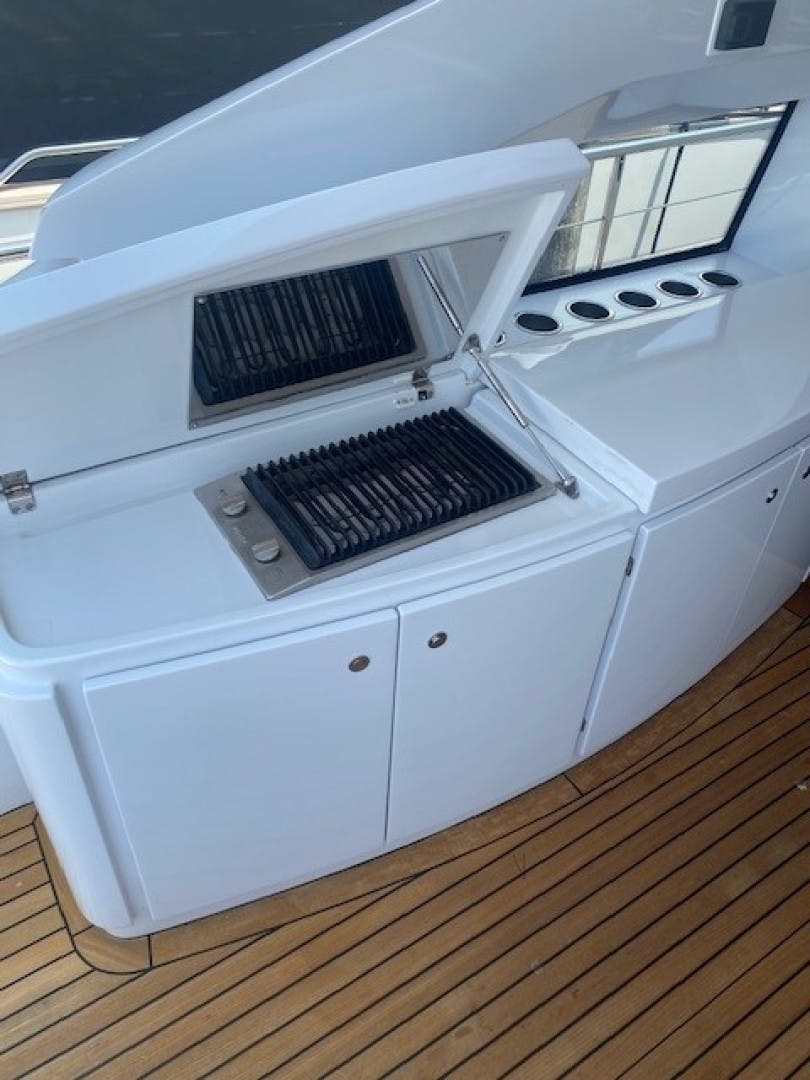 2013 Pershing 64'  SoundView   Picture 1 of 33