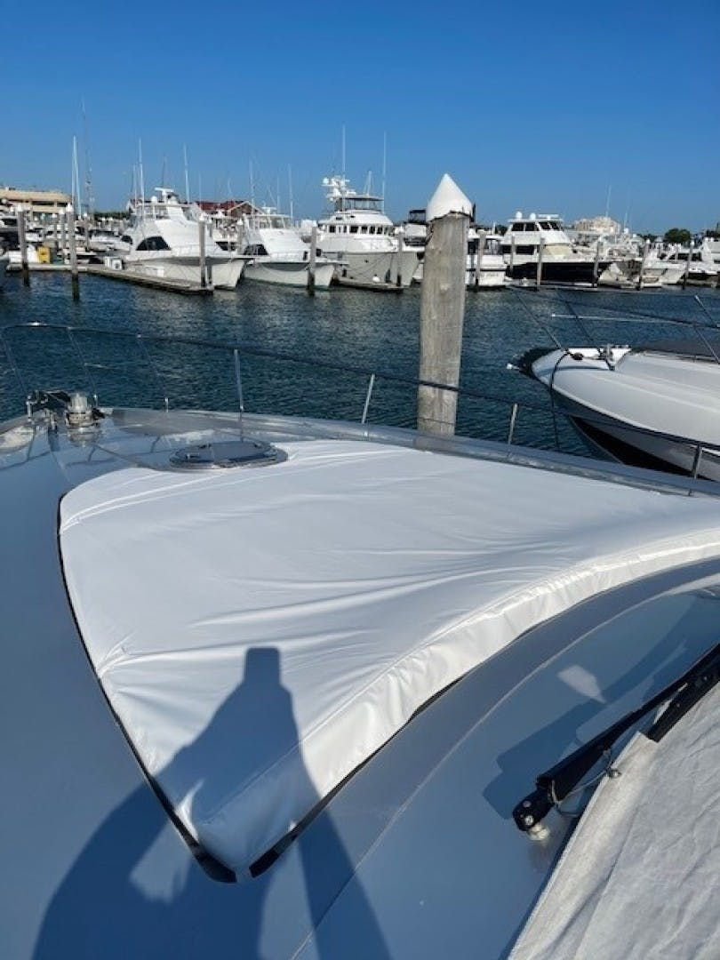2009 Pershing 64' Motor Yacht Lady Leenie | Picture 3 of 9