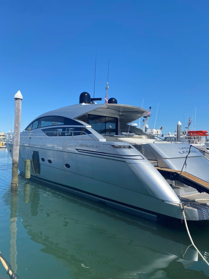 2009 Pershing 64' Motor Yacht Lady Leenie | Picture 1 of 9