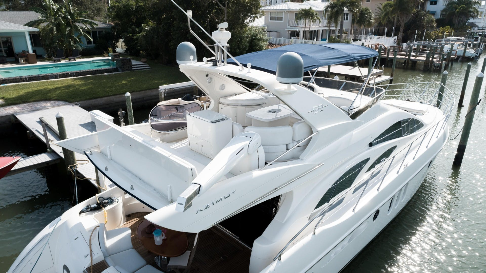 2004 Azimut 62'  SERENITY   Picture 2 of 78