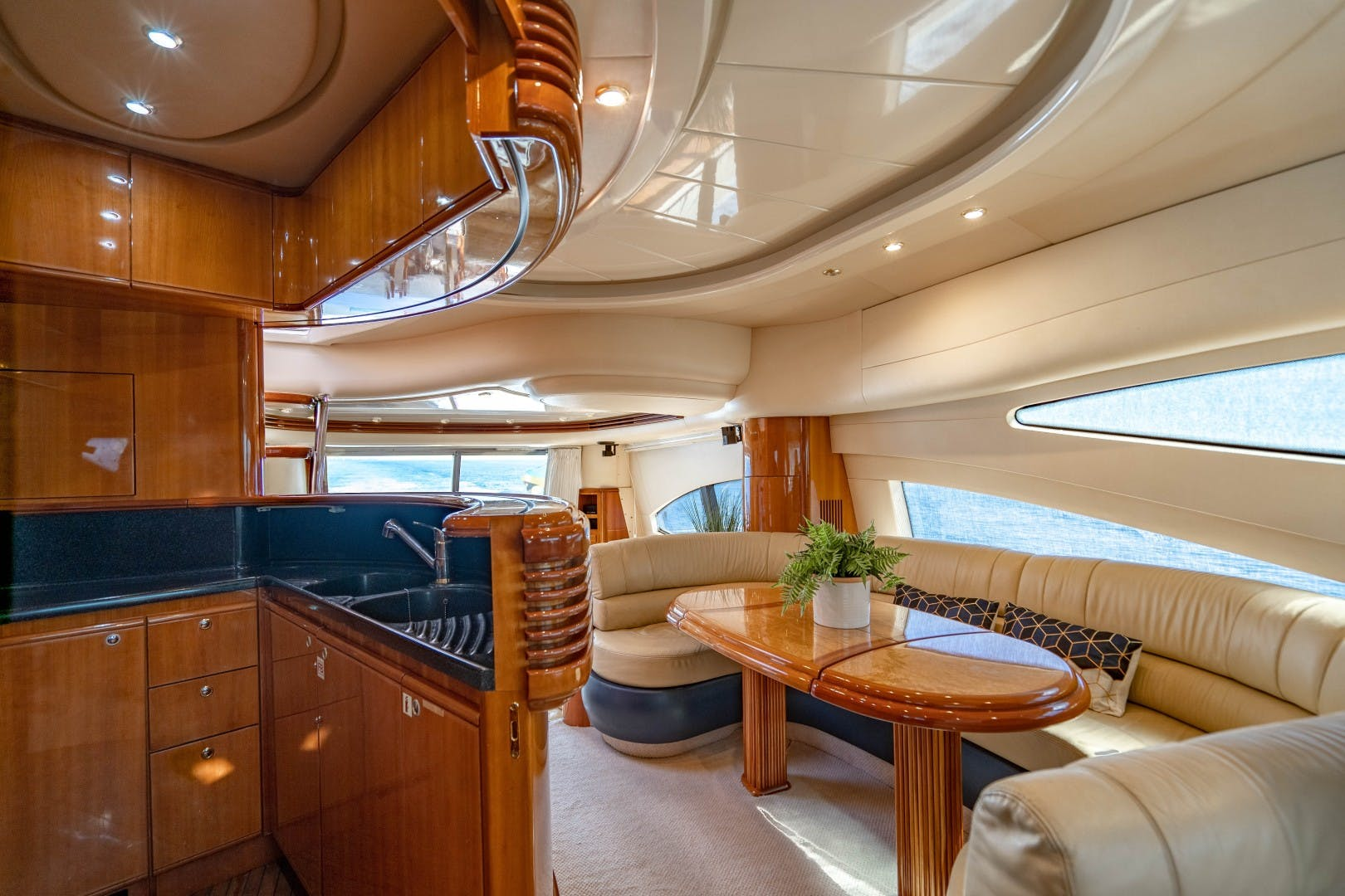 2005 Azimut 68' Plus with Flybridge Forever   Picture 7 of 86