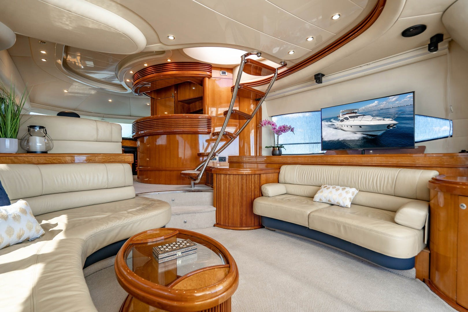 2005 Azimut 68' Plus with Flybridge Forever   Picture 6 of 86