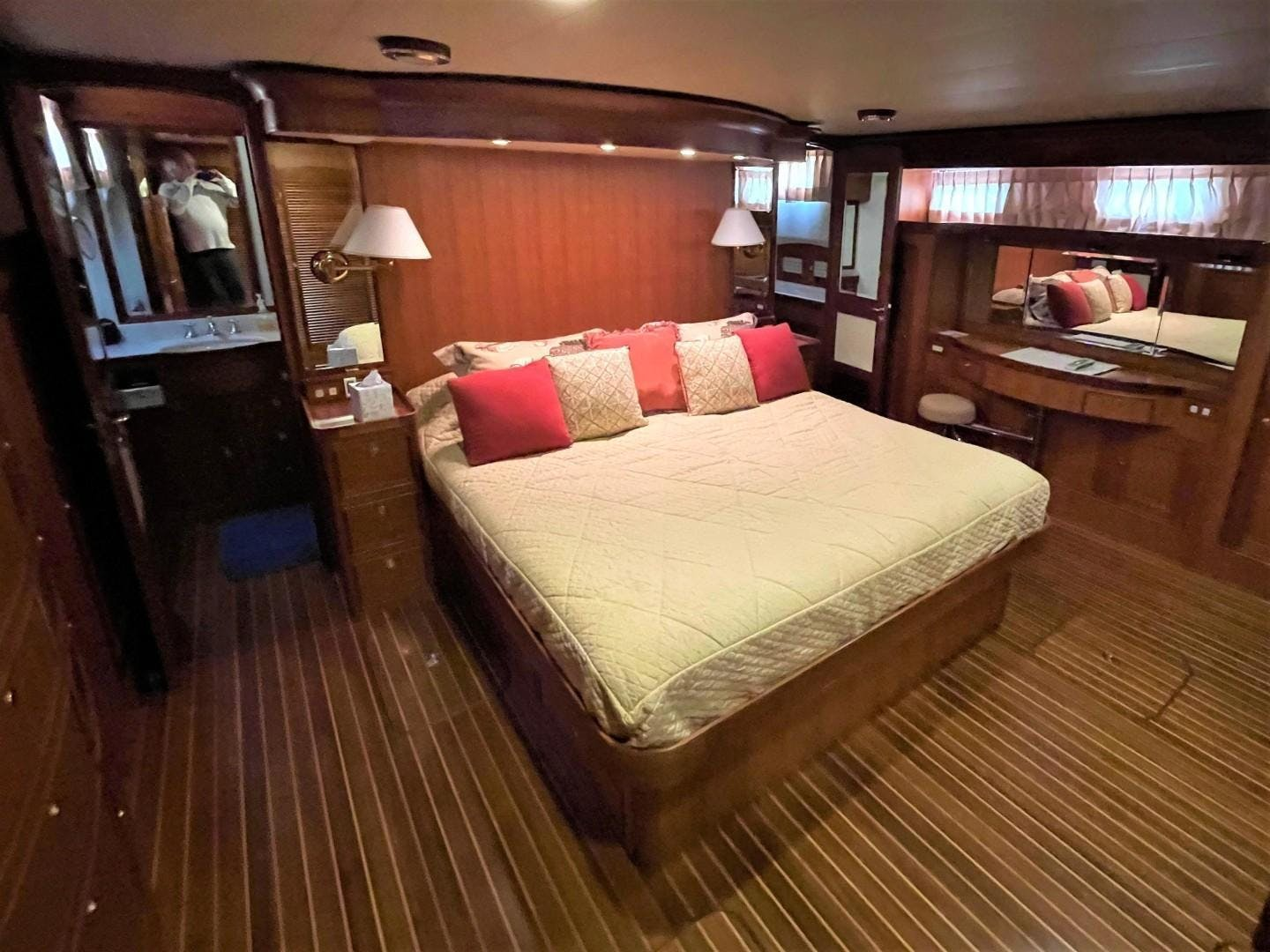 2008 Marlow 70' 70E-CB NO NAME   Picture 3 of 36