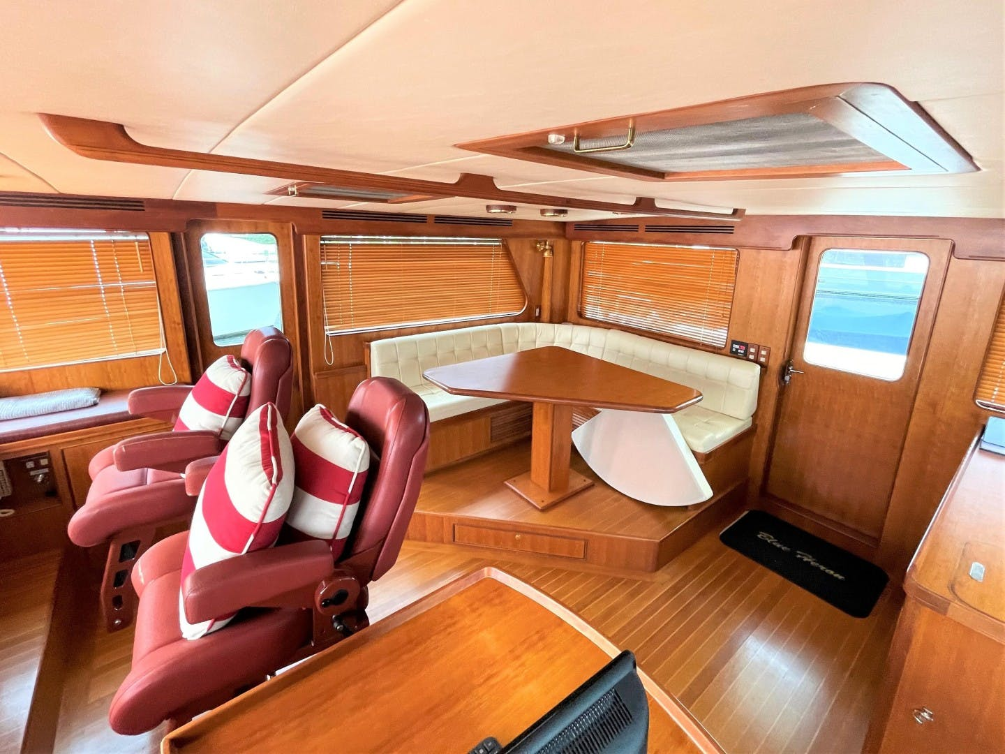 2008 Marlow 70' 70E-CB NO NAME   Picture 8 of 36