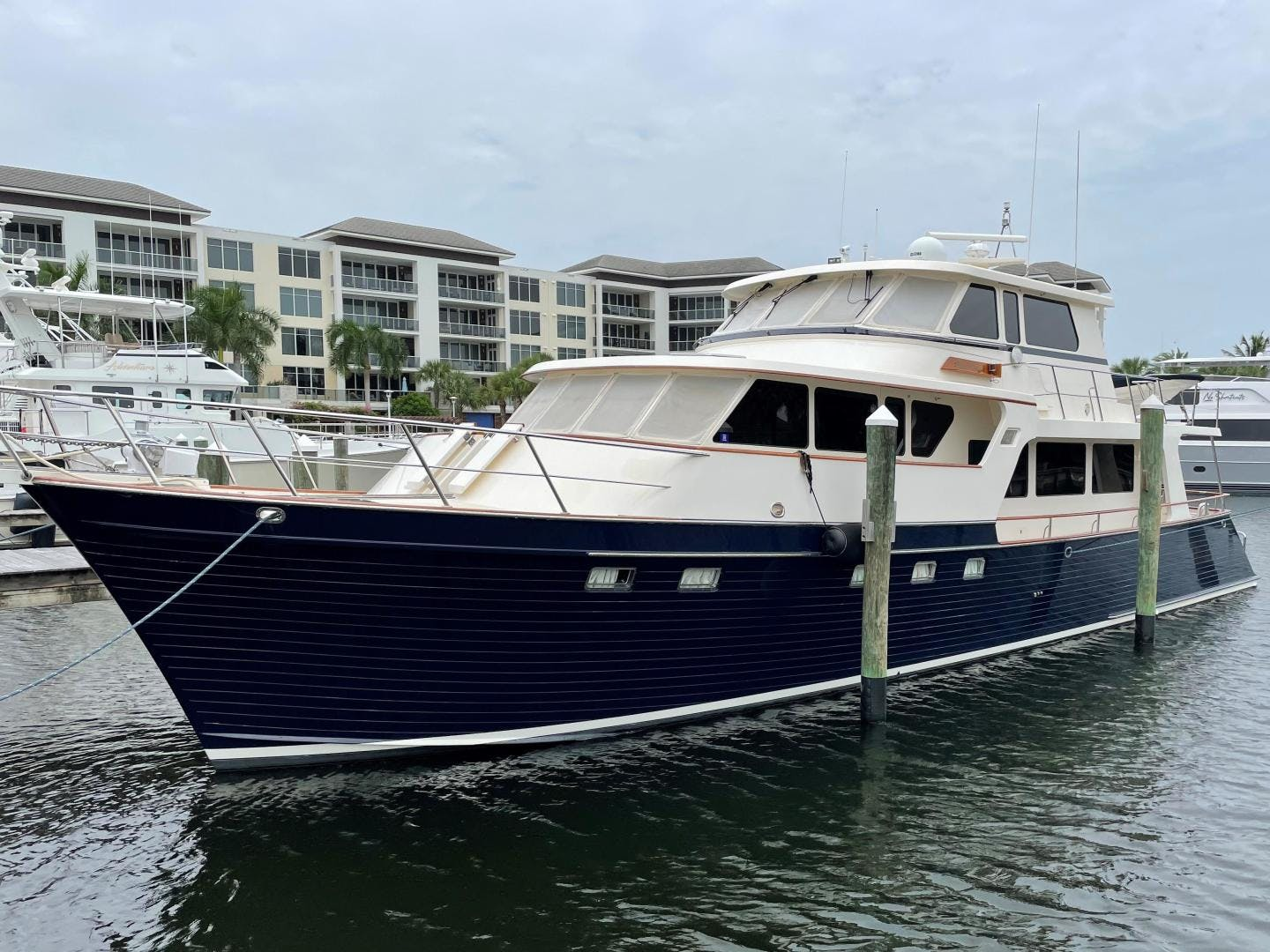 2008 Marlow 70' 70E-CB NO NAME   Picture 1 of 36