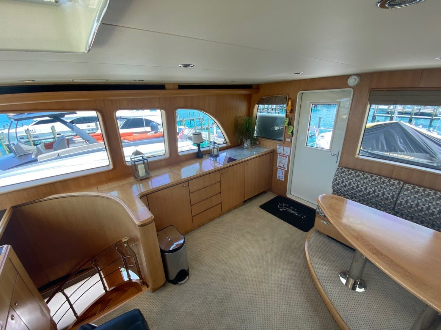 2004 Cheoy Lee 81' Sport EQUINOX   Picture 3 of 45