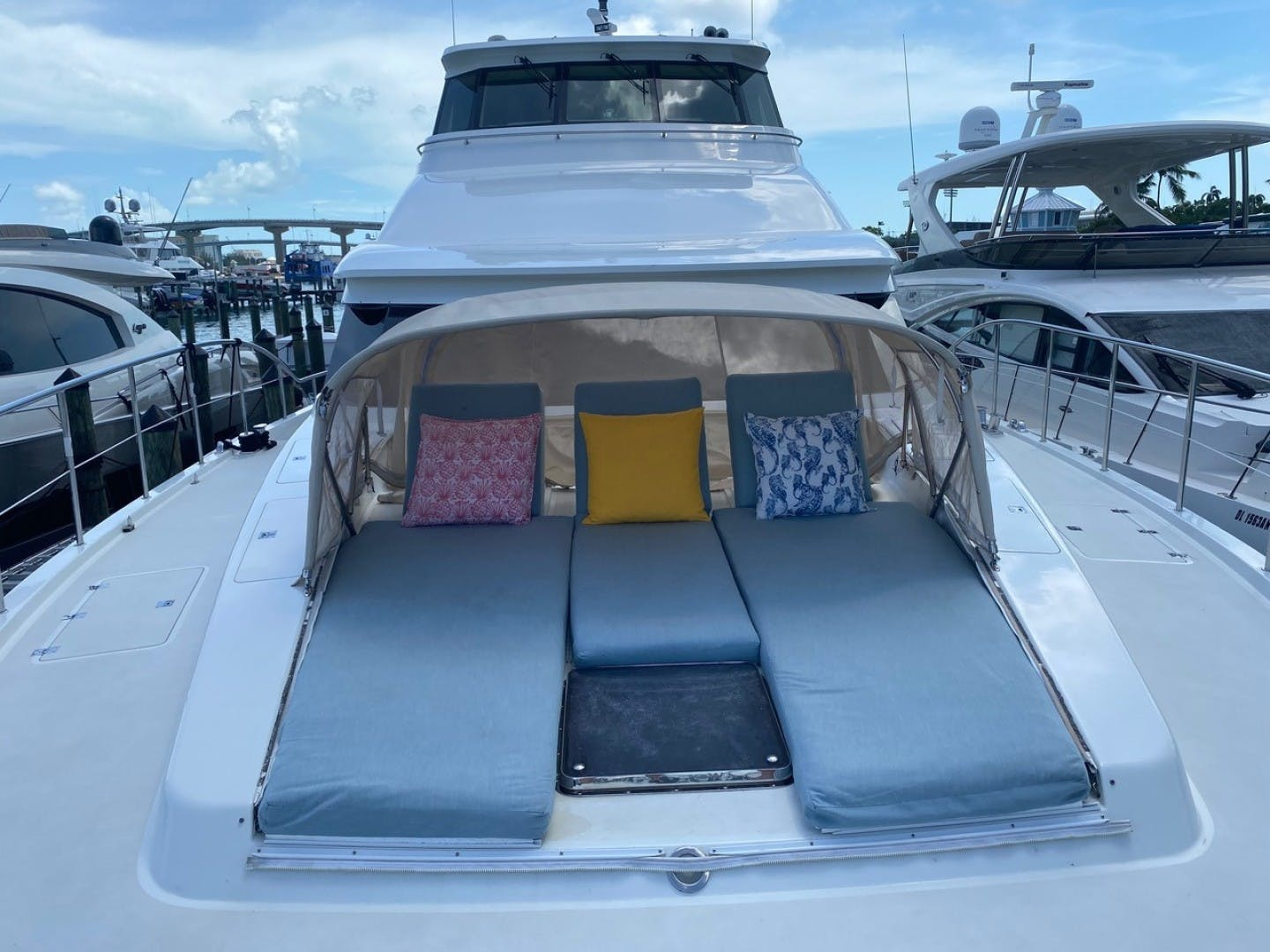 2004 Cheoy Lee 81' Sport EQUINOX   Picture 1 of 45