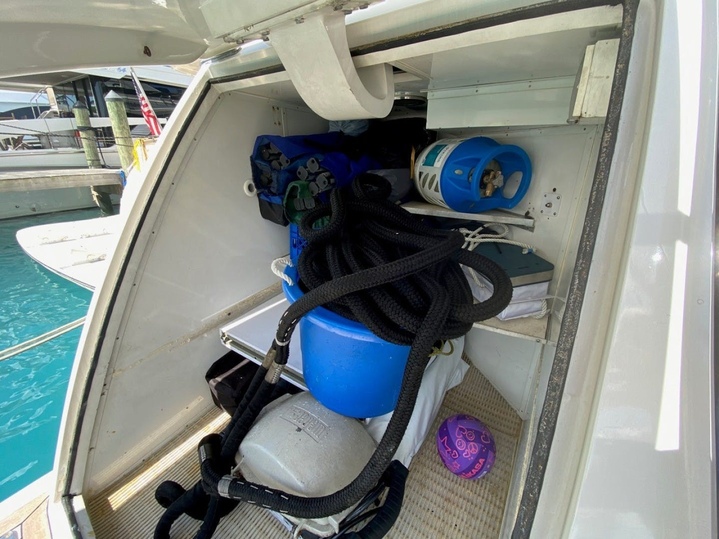 2004 Cheoy Lee 81' Sport EQUINOX   Picture 5 of 45