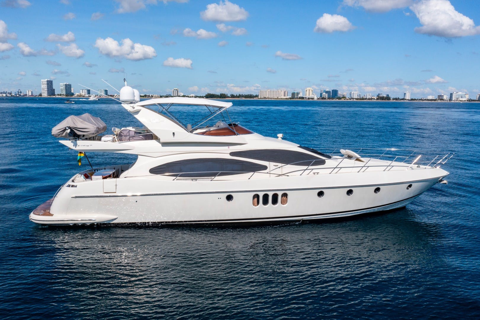 2005 Azimut 68' 68 Plus  Forever | Picture 2 of 59