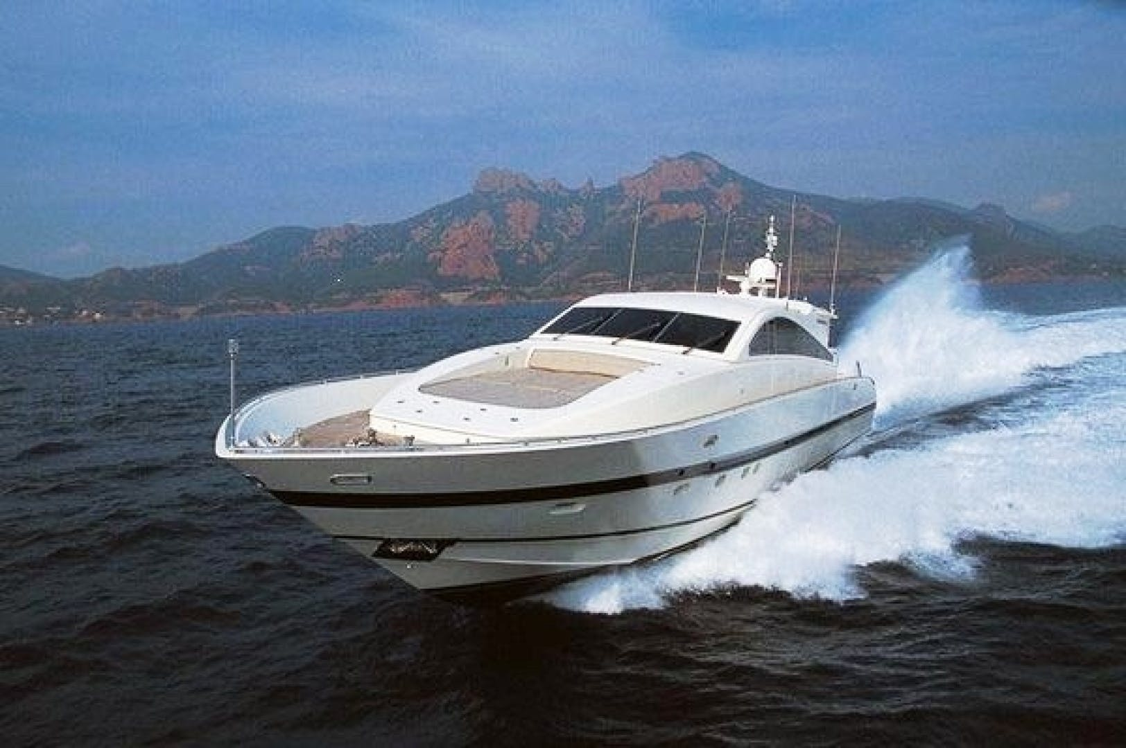 2002 Leopard 89' 89 Open    Picture 1 of 21
