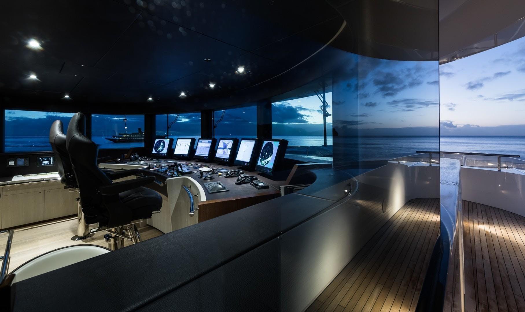 2017 Heesen Yachts 180'  LAURENTIA   Picture 8 of 31