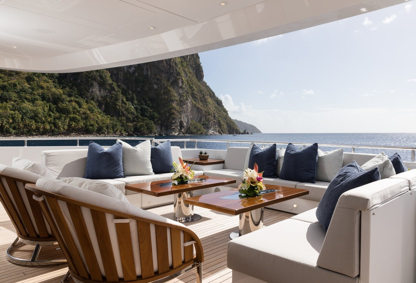 2017 Heesen Yachts 180'  LAURENTIA   Picture 4 of 31