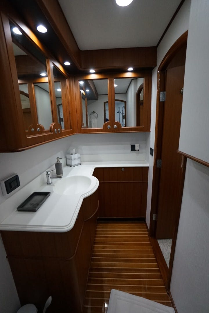 2008 Whiticar 77' Custom Convertible King's Blue   Picture 4 of 69