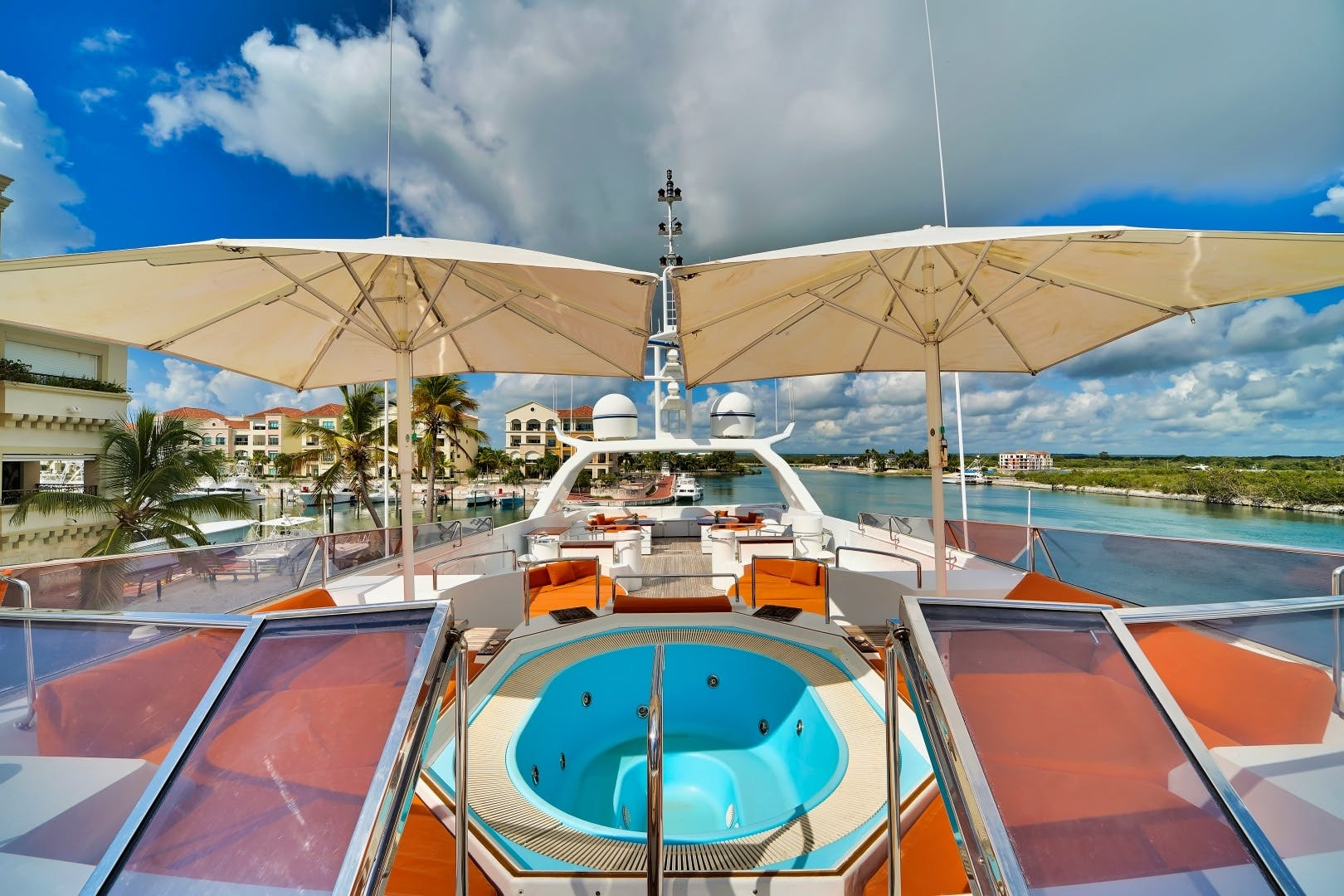 1991 Brooke Yachts 186'   | Picture 2 of 72