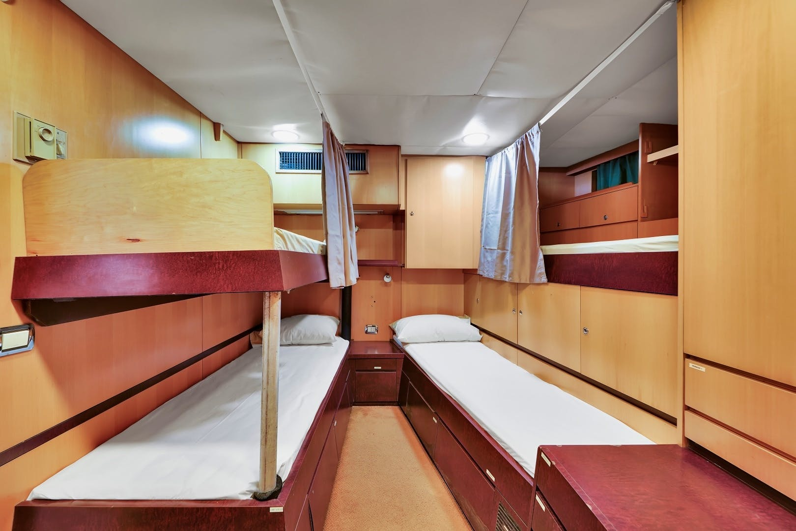 1991 Brooke Yachts 186'   | Picture 6 of 72