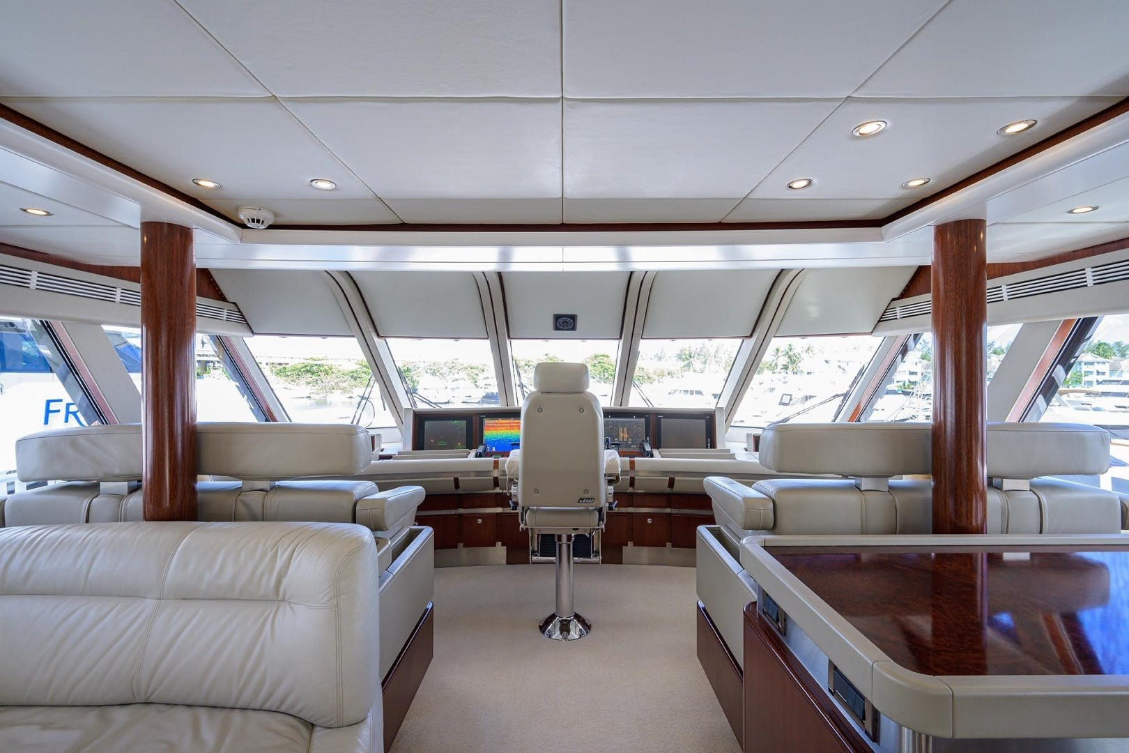 1990 Hakvoort 112' Yacht Fisherman Tempo Reale   Picture 8 of 68