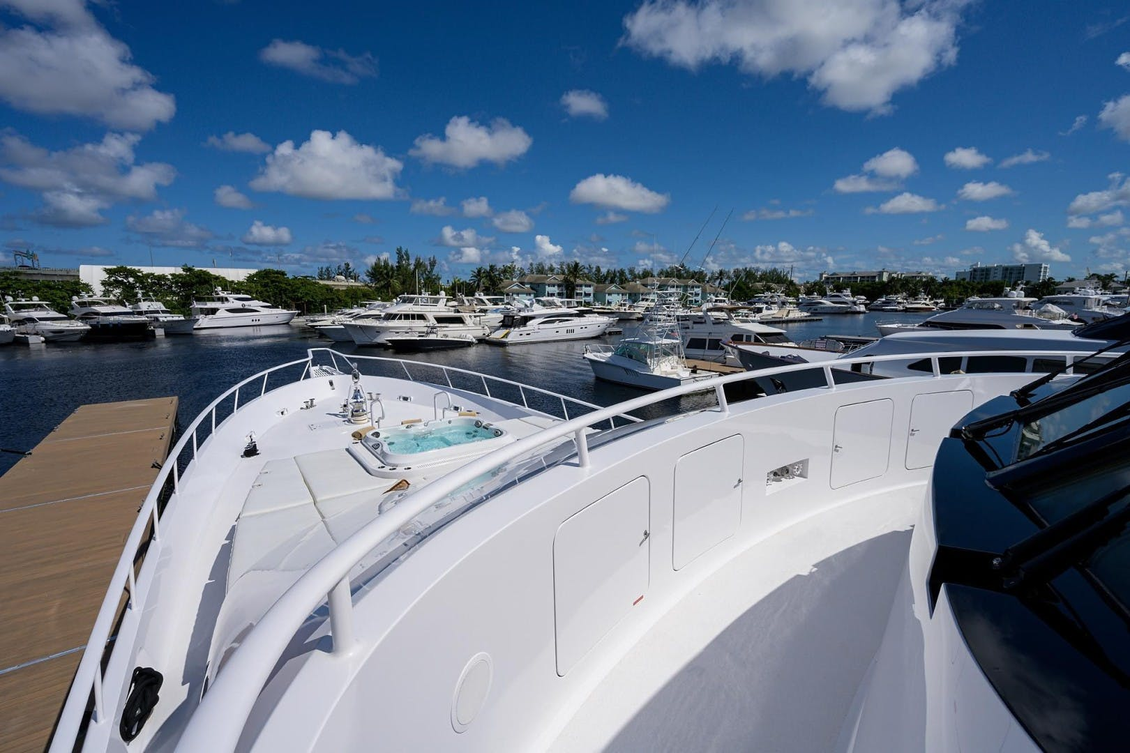 1990 Hakvoort 112' Yacht Fisherman Tempo Reale   Picture 7 of 68