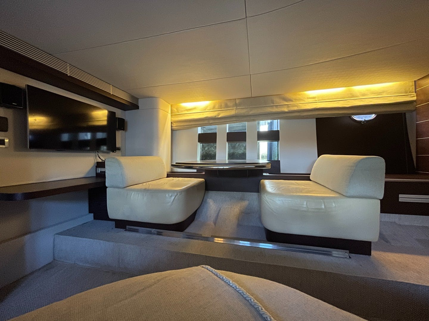 2007 Azimut 68' 68S DV8 | Picture 6 of 18