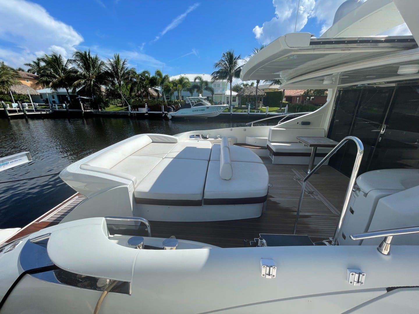 2007 Azimut 68' 68S DV8 | Picture 2 of 18