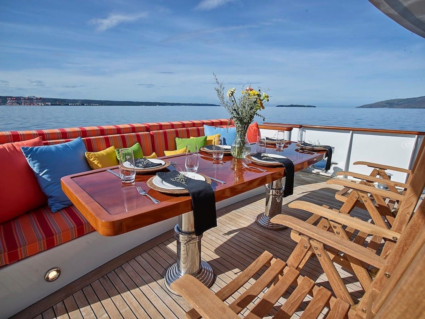 1986 Feadship 137' Tri Deck Motor Yacht Miss Iloilo | Picture 2 of 16