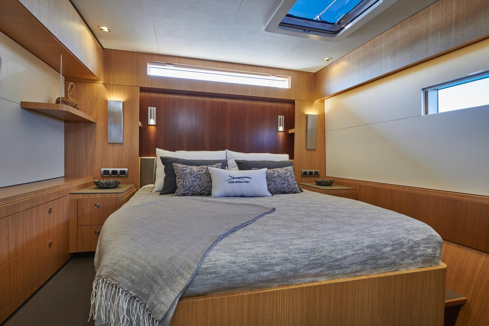 2018 JFA 85' World Cruiser Catamaran  NDS Evolution | Picture 6 of 57