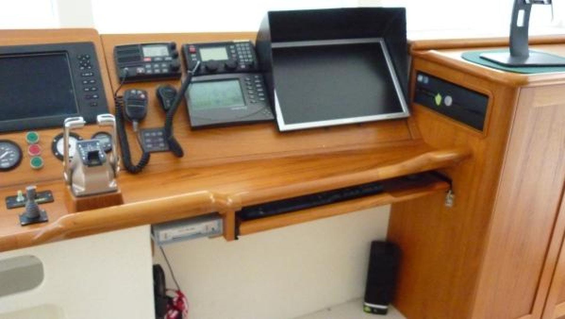2009 Custom 82' Catamaran Bonefish | Picture 3 of 40