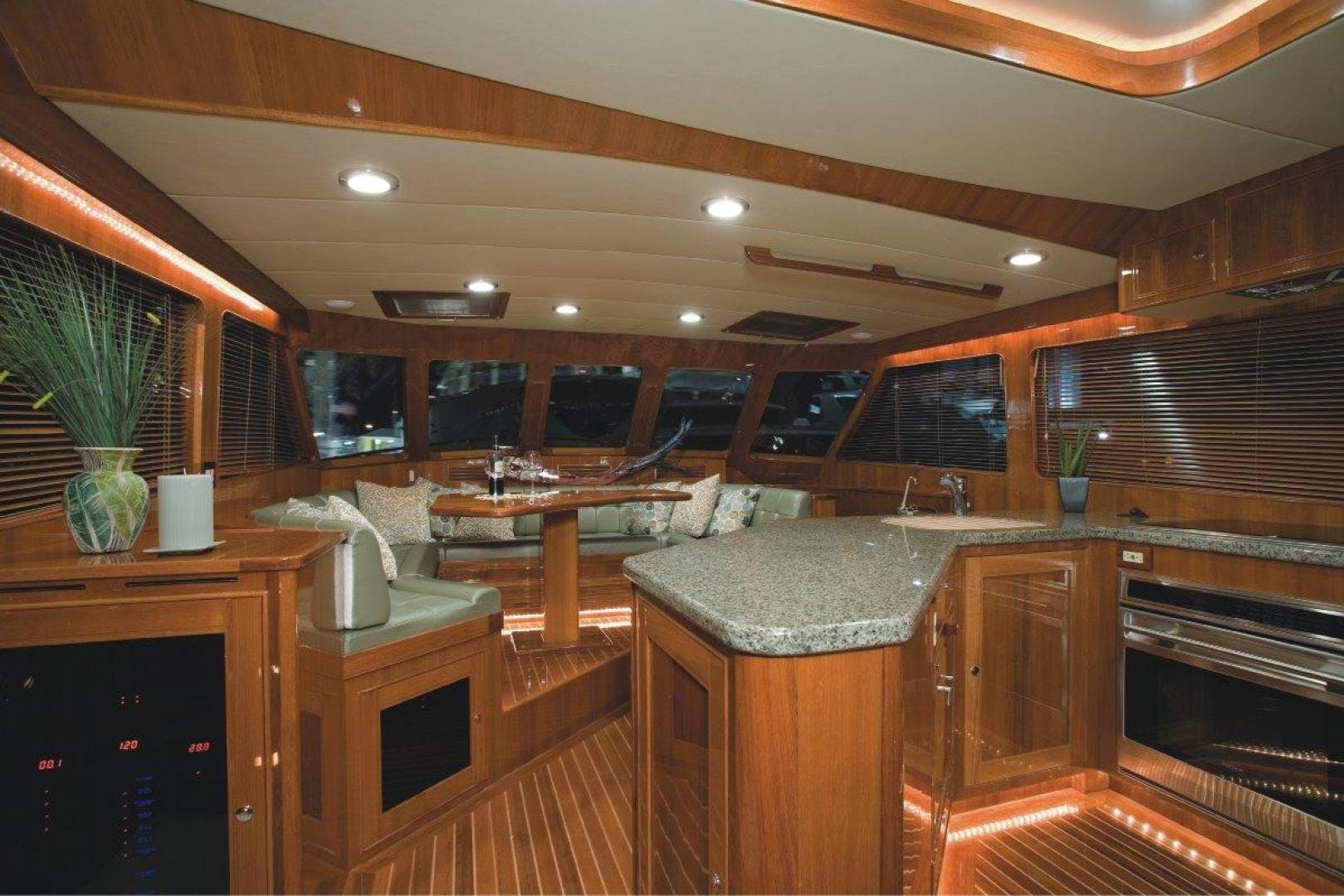 2018 Marlow 70' 70E  | Picture 5 of 13