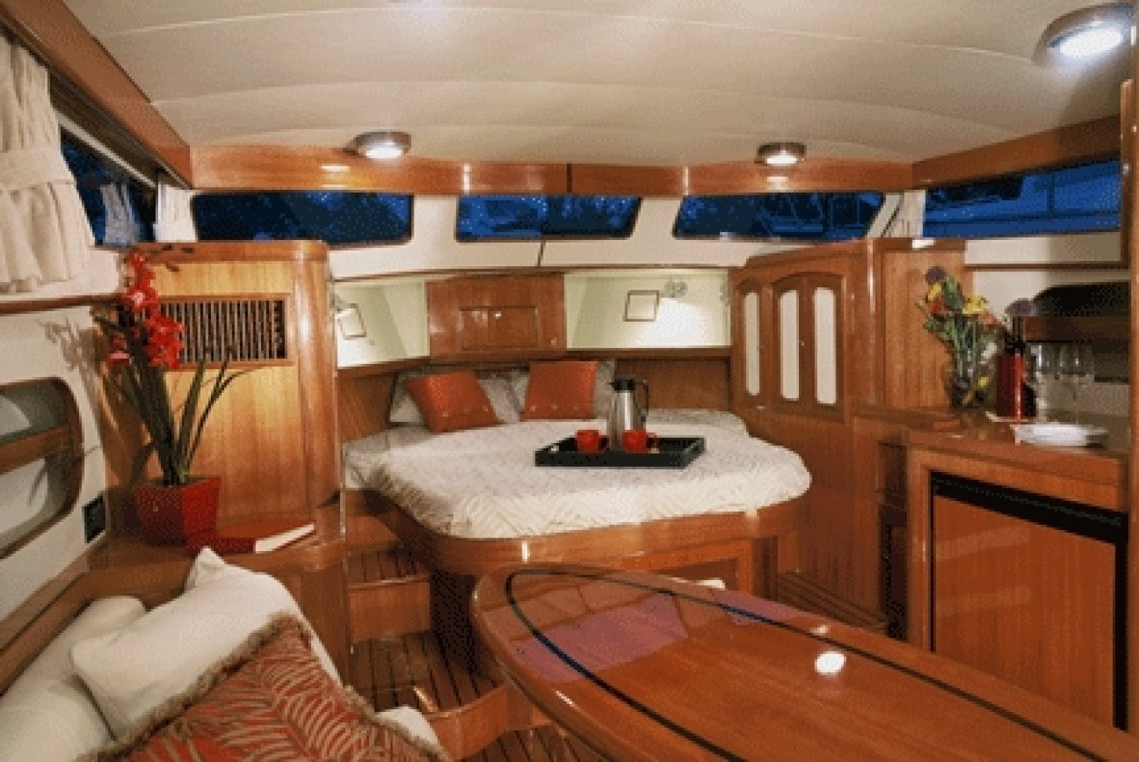 2018 Marlow 37' Prowler 375 Classic  | Picture 5 of 7