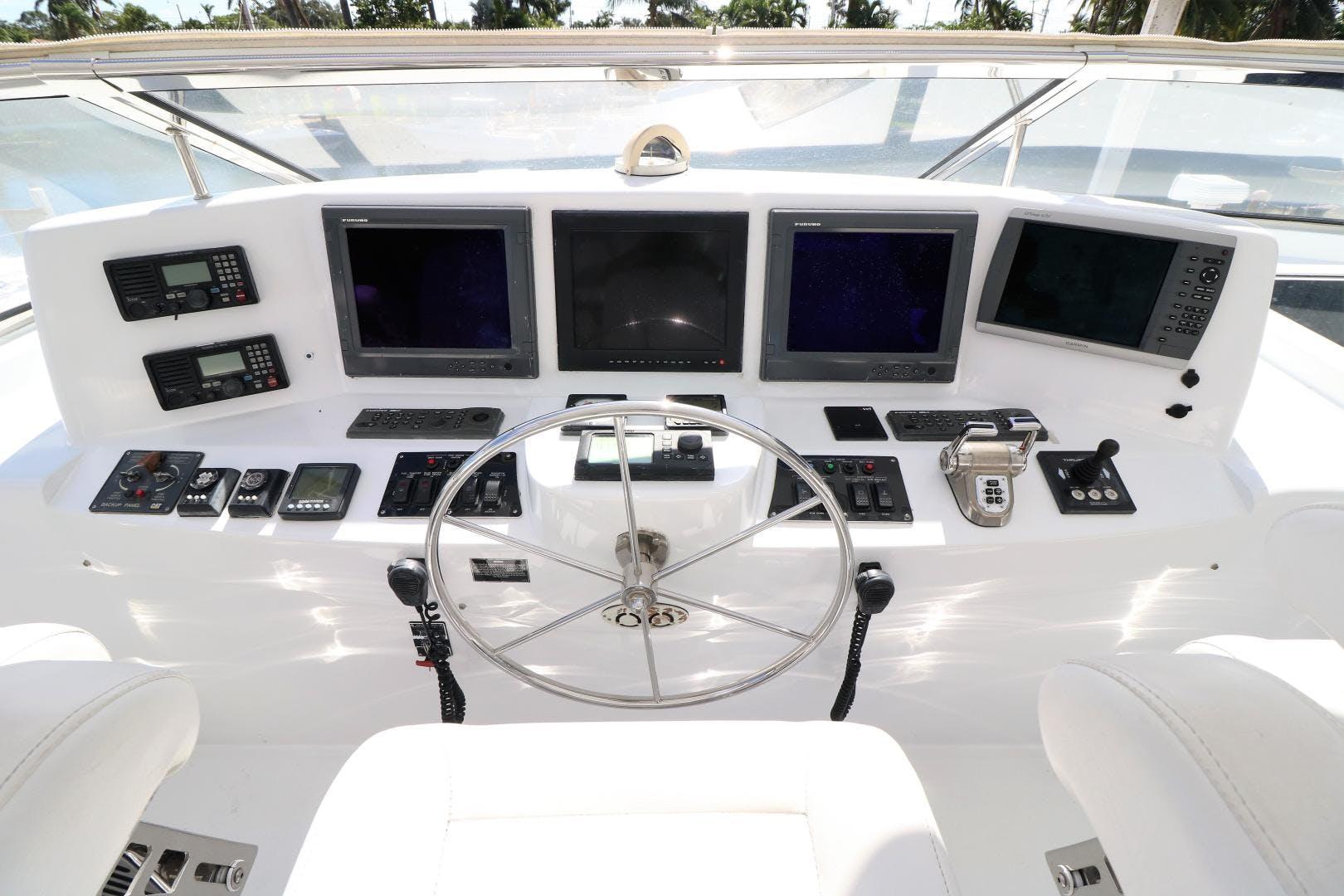 2006 Hatteras 80' 80 Motor Yacht Magalita III | Picture 2 of 159