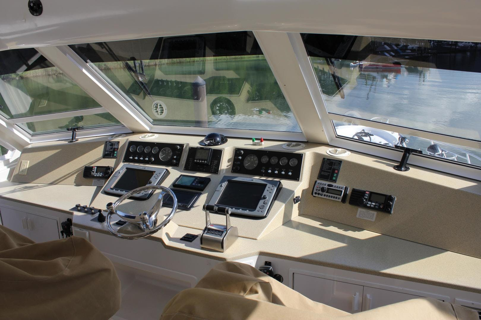 2001 Viking Cockpit Sport 60' Naples Edition ROYAL LADY D | Picture 1 of 37