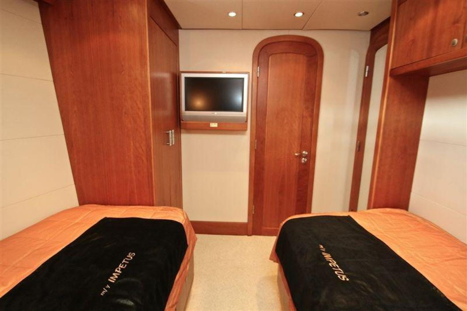 2005 Explorer 95' Expedition Yacht IMPETUS | Picture 4 of 69