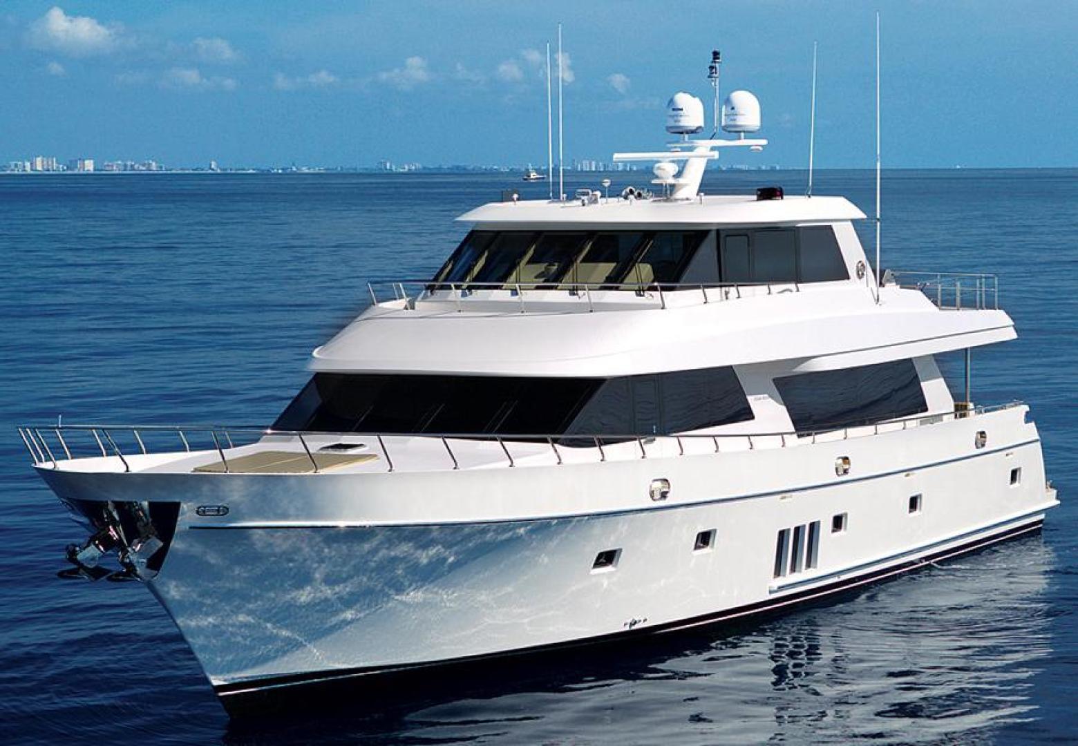 "2013 Ocean Alexander 90' Sky Lounge ""Risky Business"""