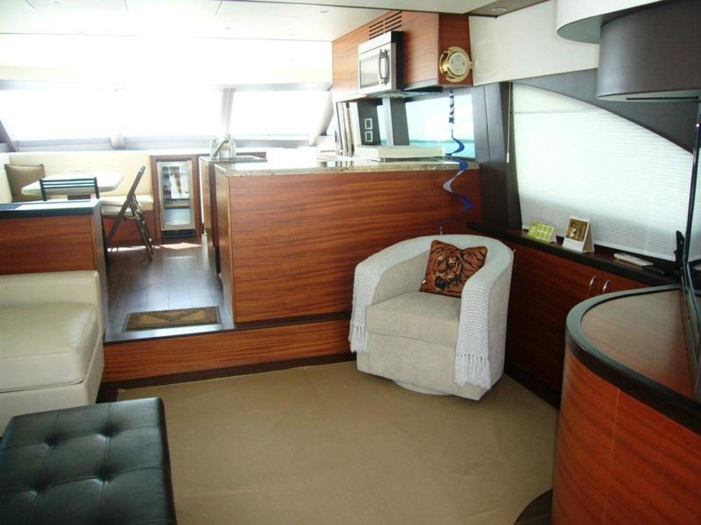 2013 Hatteras 60' 60 Motor Yacht  | Picture 1 of 14