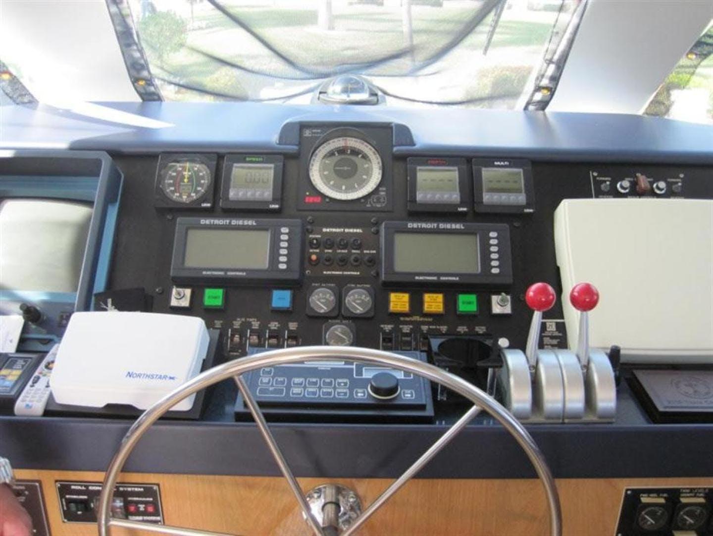 1997 Hatteras 65' Enclosed Bridge Convertible SF PREMIUM | Picture 8 of 24