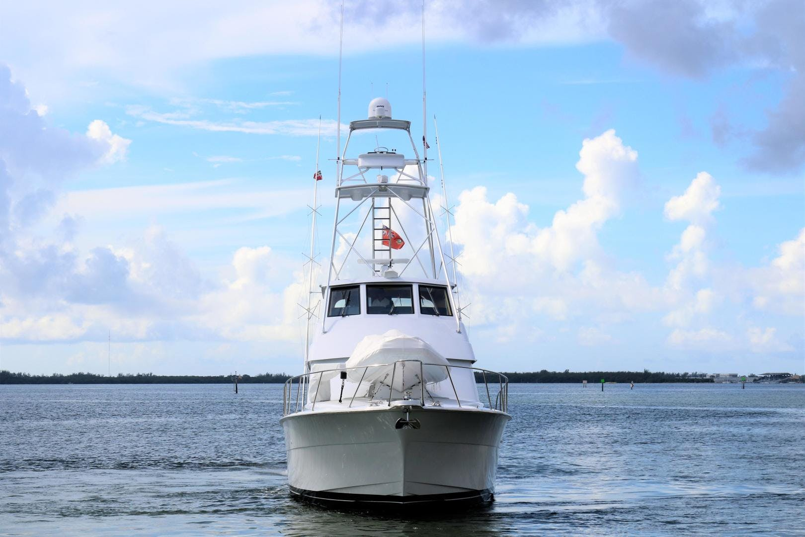 2000 Hatteras 70' 70 Convertible  | Picture 6 of 57