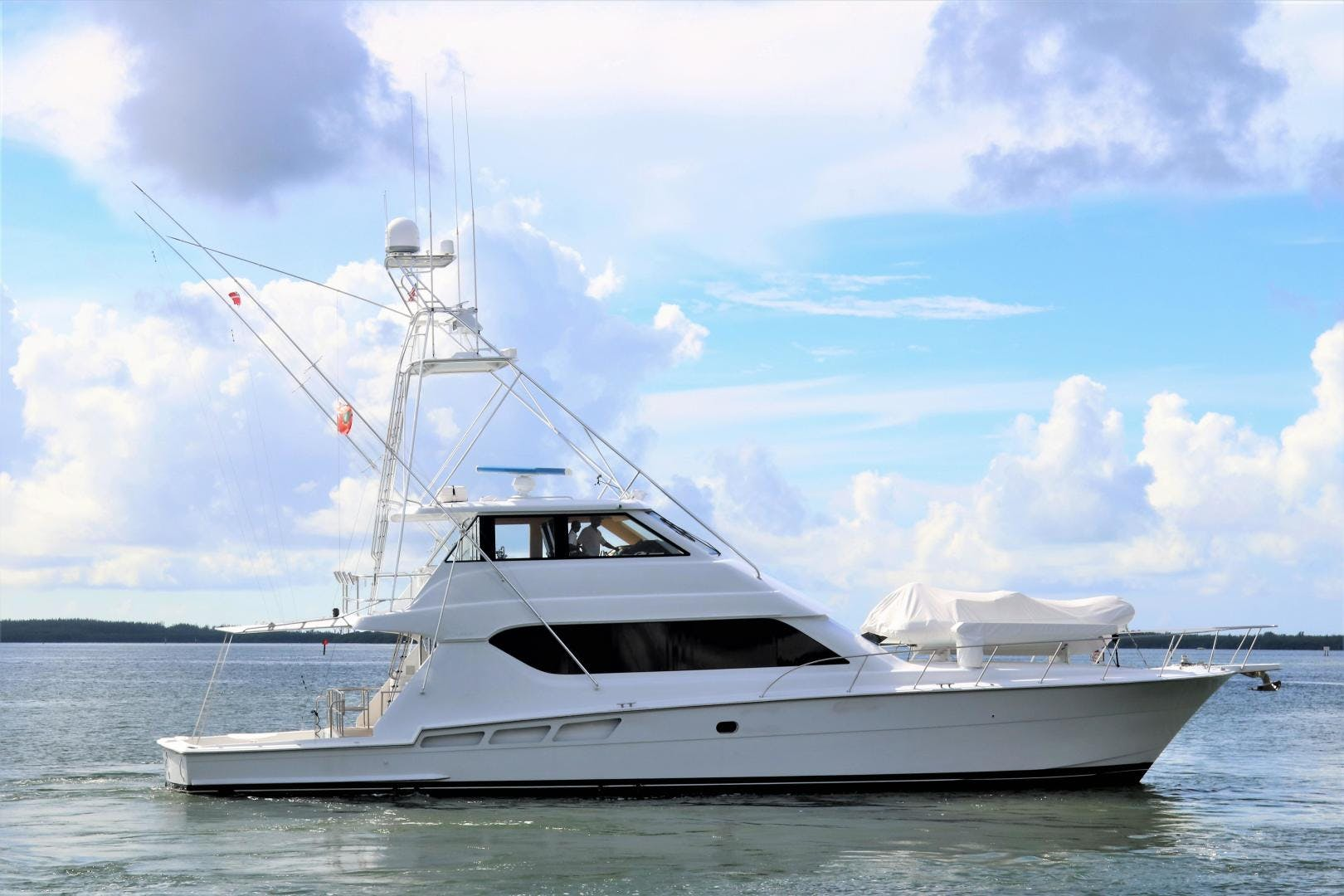 2000 Hatteras 70' 70 Convertible  | Picture 3 of 57