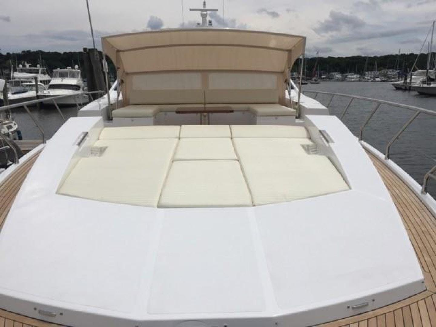 2017 Azimut 77' 77S SILVER SKY 2.0 | Picture 6 of 25