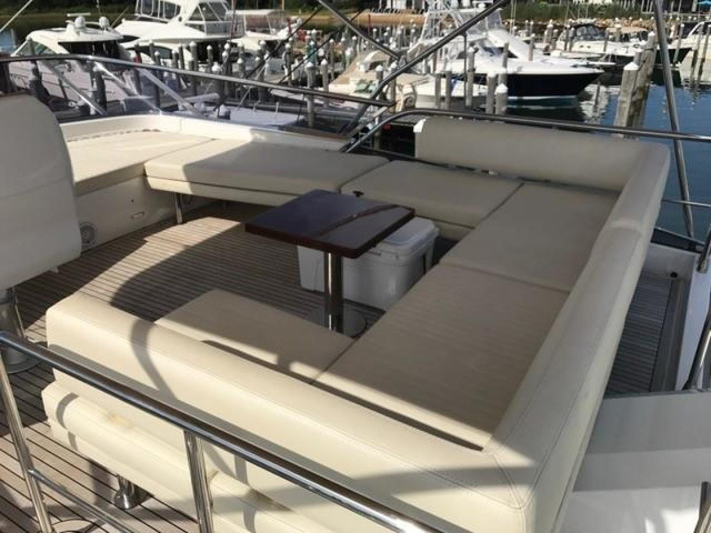 2017 Azimut 77' 77S SILVER SKY 2.0 | Picture 8 of 25