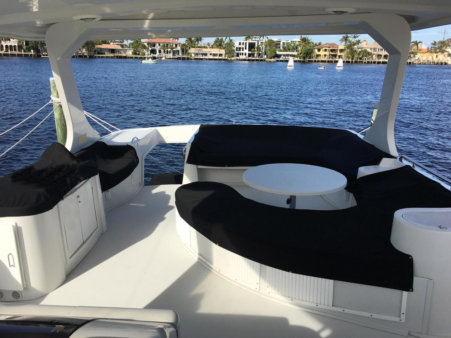 2001 Bluewater Yachts 52' millennium  | Picture 7 of 55