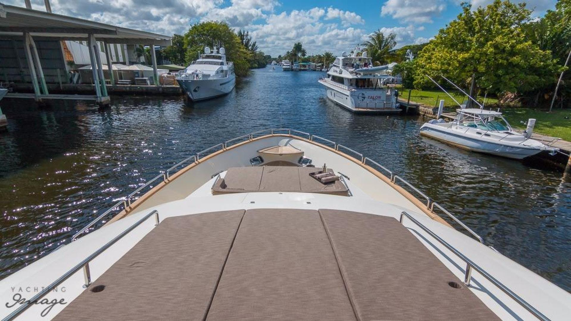 2005 Azimut 105' 105  | Picture 3 of 35