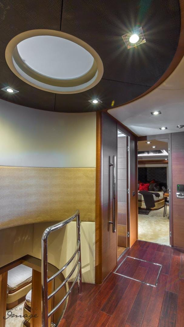2005 Azimut 105' 105  | Picture 4 of 35