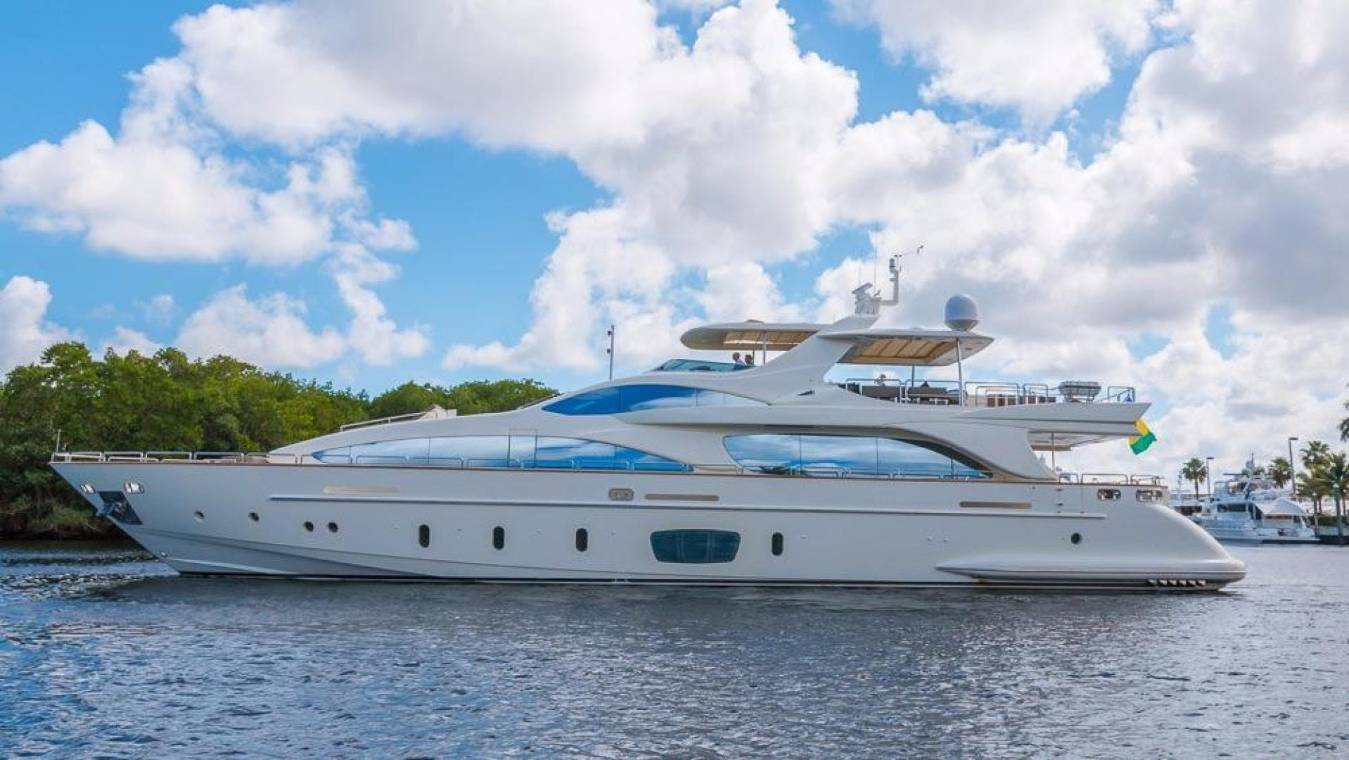2005 Azimut 105' 105  | Picture 8 of 35